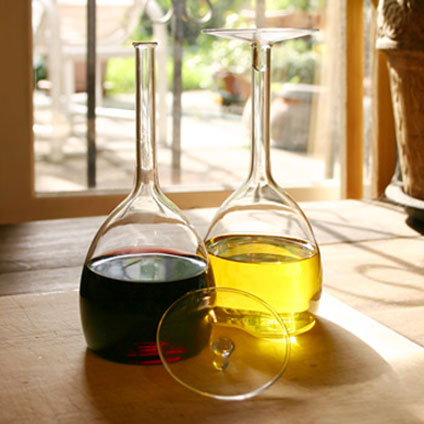 Ming Oil and Vinegar Set