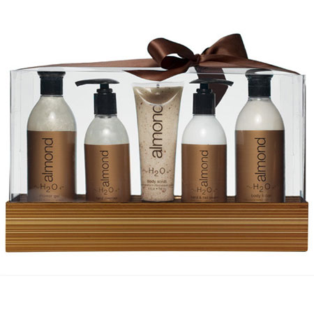 Almond Complete Gift Box