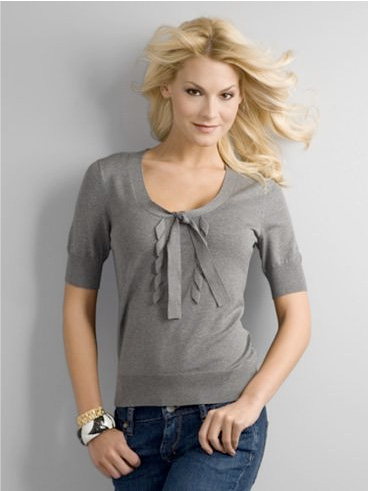 City Style Ruffle Pullover